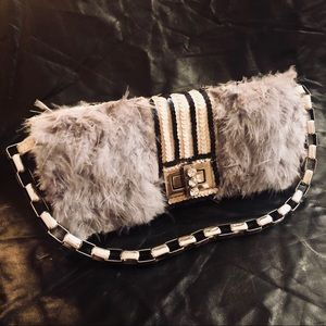 Bags - Feathered and sequined Clutch